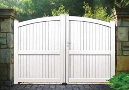 puertas de aluminio batientes